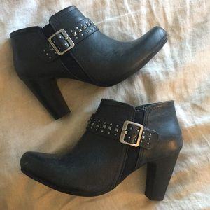 Vintage 90's silver gunmetal studded booties heels